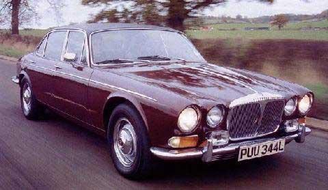 Daimler Double Six 1S