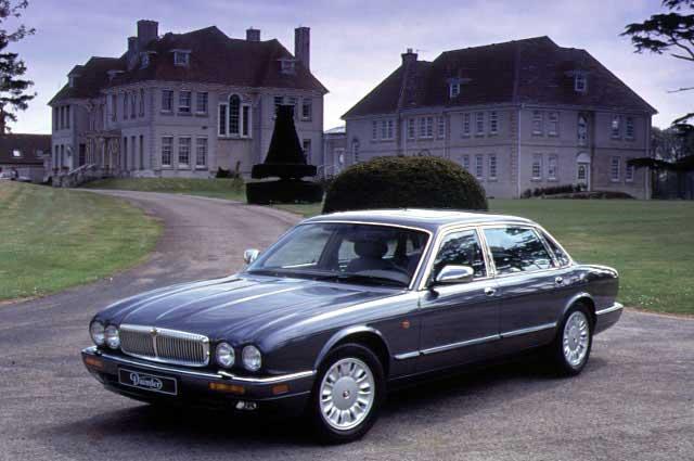 Daimler Six X300